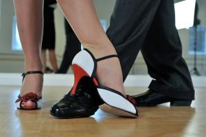 argentine-tango-2079964_1920